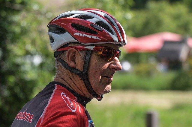 senior cyklista